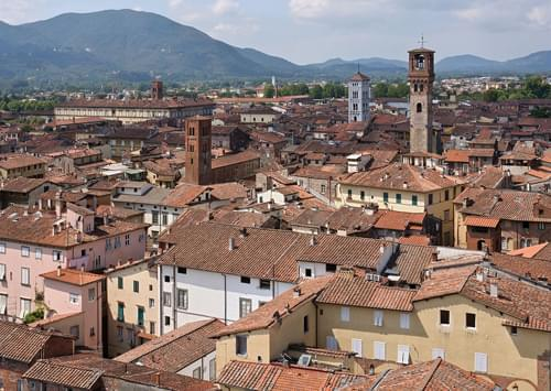 Lucca, lucca italy, lucca tuscany, tourist information lucca, visiting lucca, facts about lucca, information on lucca